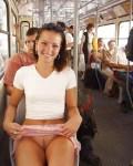 девушка без трусов в автобусе