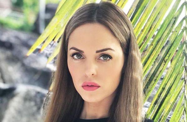 Голая Юлия Ефременкова на ню фото
