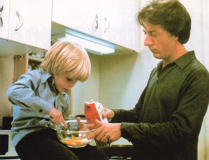 Ted and Billy cooking breakfast in their final scene from Kramer vs Kramer
