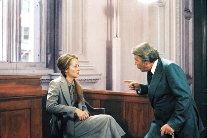 Joanna being bullied by the prosecutor in the court. From Kramer vs Kramer