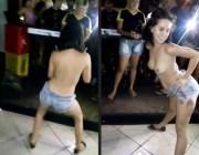 Garota bêbeda não se segurou na festa ficou Nua