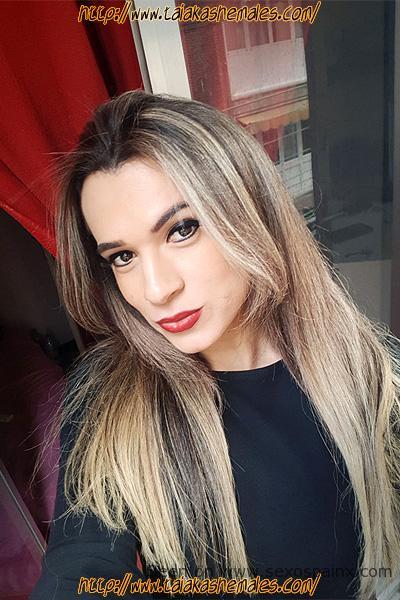 Travesti en Mataró , Juliana brasileña viciosa y cachonda