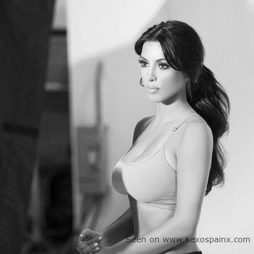 Mujeres famosas que están buenas Kim Kardashian