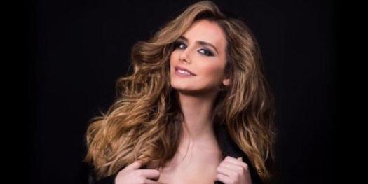 Angela Ponce transexual hace historia en Miss Universo
