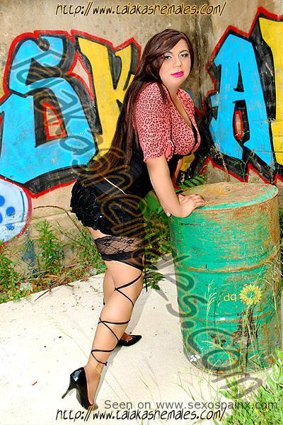 Paola de Phadua Travestis Salou para sexo y buenas mamadas