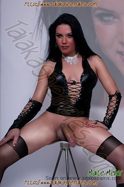 Guapas mujeres sexys de Francia cachondas con el pene duro.