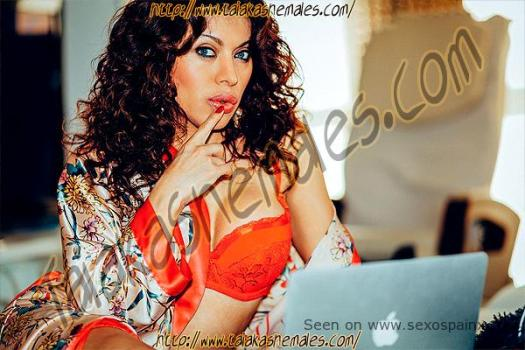 Daniela Maldonado momentos de lujo y vicio Travestis de Castellon