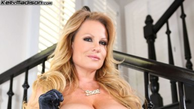 Interview: Kelly Madison - Matriarch of the Mom & Pop Porn Shop
