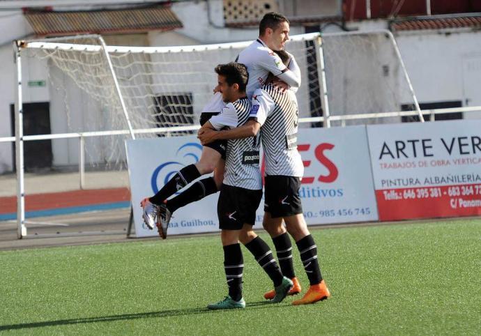 Javi Sánchez abrió el marcador con su décimo gol de la temporada (Foto: La Nueva España)