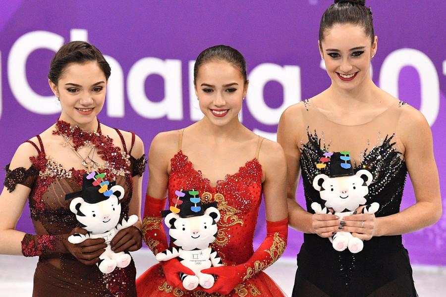Evgenia Medvedeva, Alina Zagitova y Kaetlyn Osmond