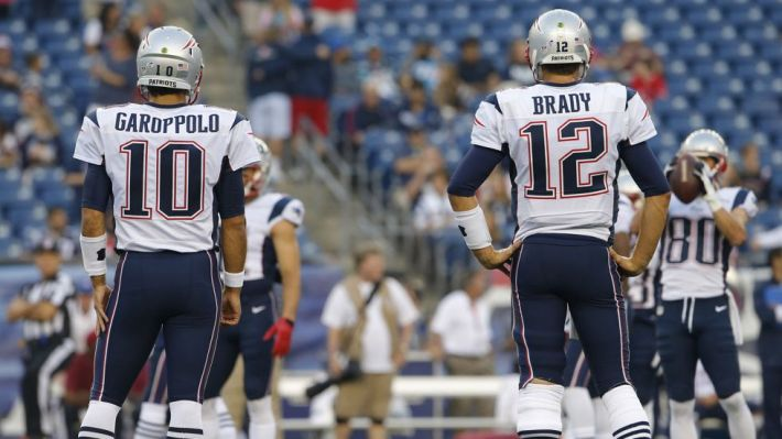 Tom Brady y Jimmy Garoppolo