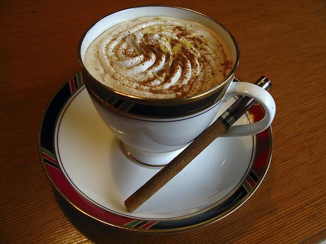 cappuccino 593256 640 Café