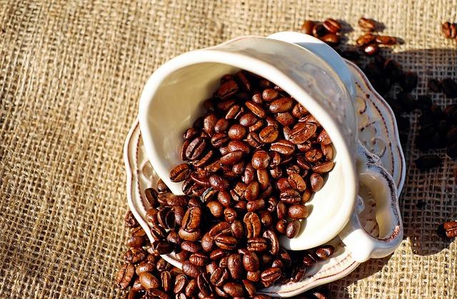 coffee 1576537 640 Café