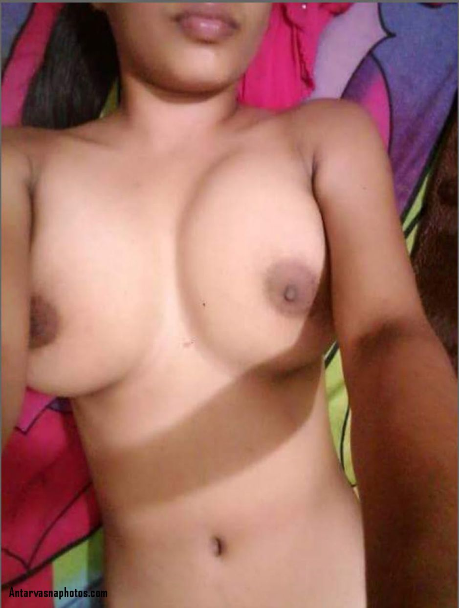 riddhi ke sexy boobs