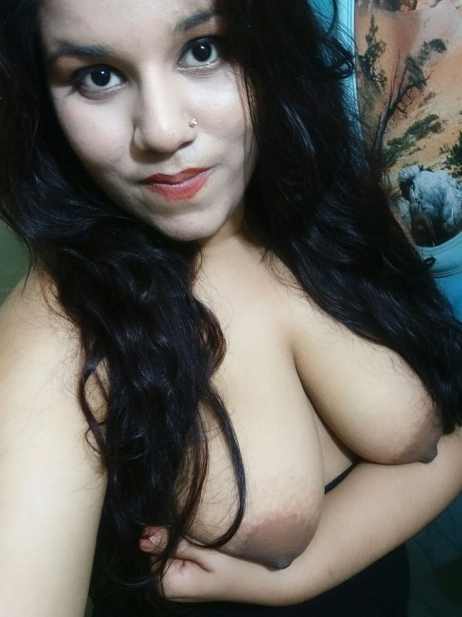 Juicy boobs ki photos