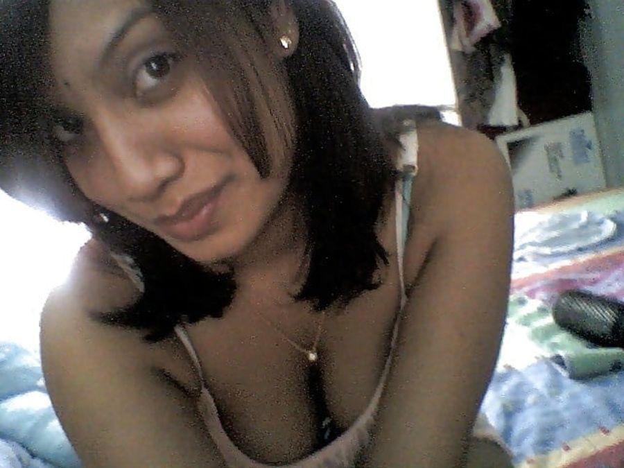 Hot cleavage ki photos