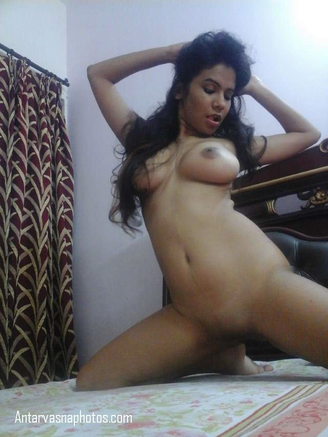 bed par hot nangi bhabhi