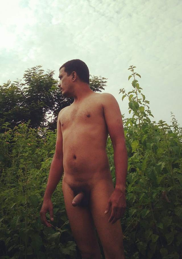 naked indian male lund dikhate photo