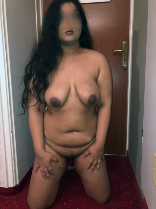 sexy randi nisha ki big boobs