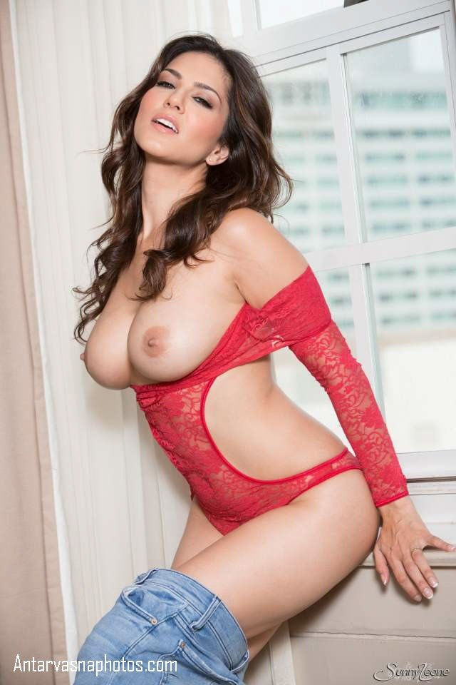 pornstar sunny leone ki big boobs