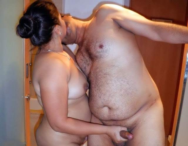 indian couple ki blowjob