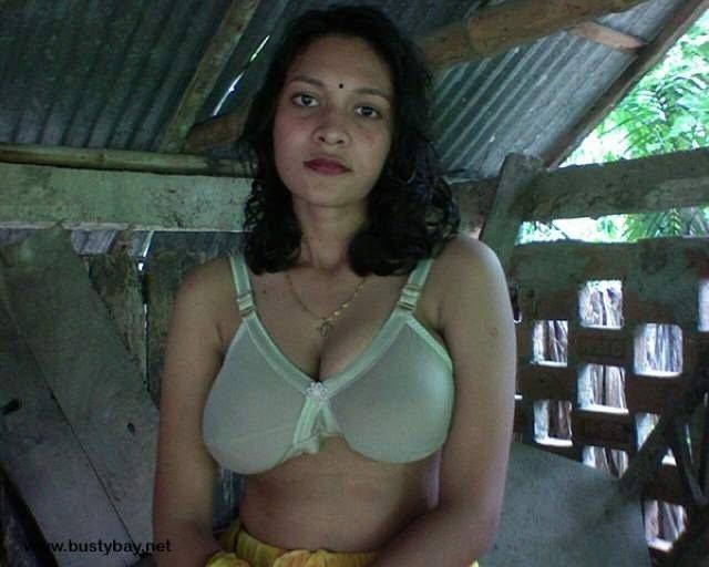 sexy jawan bhabhi big boobs