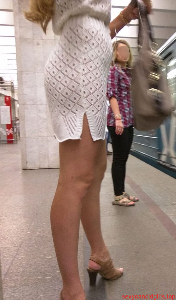 Teen In Pantyhose And Flats Skinny Legs Sexy Candid Girls