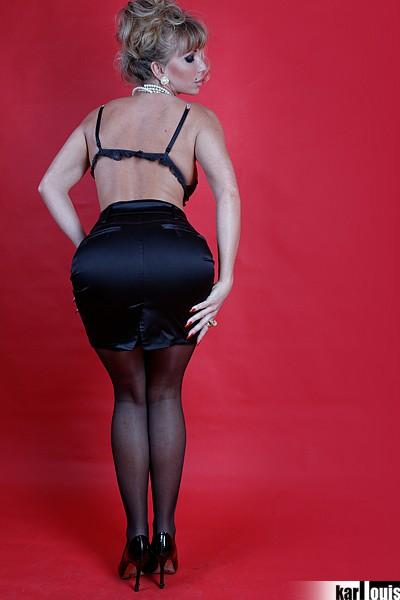 Francesca Felucci Blonde Or Black? 02