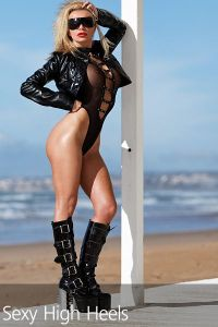 Francesca Felucci Beach Club Boots 00