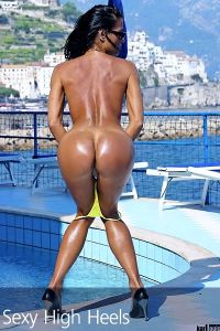Elizabeth Carson Amalfi Pool 00