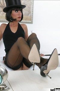 Stella van Gent Chaplin 02