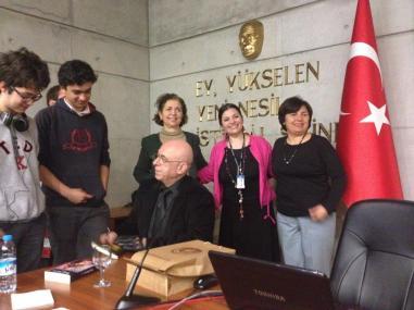 Sezgin Kaymaz TED Ankara Koleji öğrencileriyle buluştu. Fotoğraflar için Zeki Pehlivan'a teşekkür ederiz.