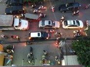 HAHAHAHAHA!!! And you think you have bad traffic!