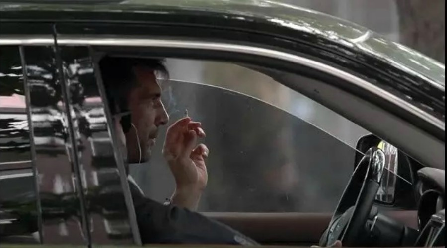 Découvrez ces footballeurs  accros à la cigarette