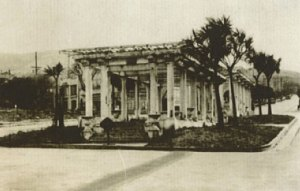 A photo of Naples Piazza from 1915, built for the Pan-Pacific Exposition. Source: SF Planning Dept.