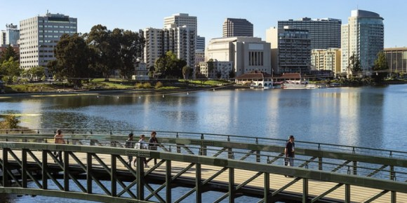 """The Living Room"" of Oakland, Lake Merritt, is somewhat disconnected from Oakland's institutions. Photo: SPUR"