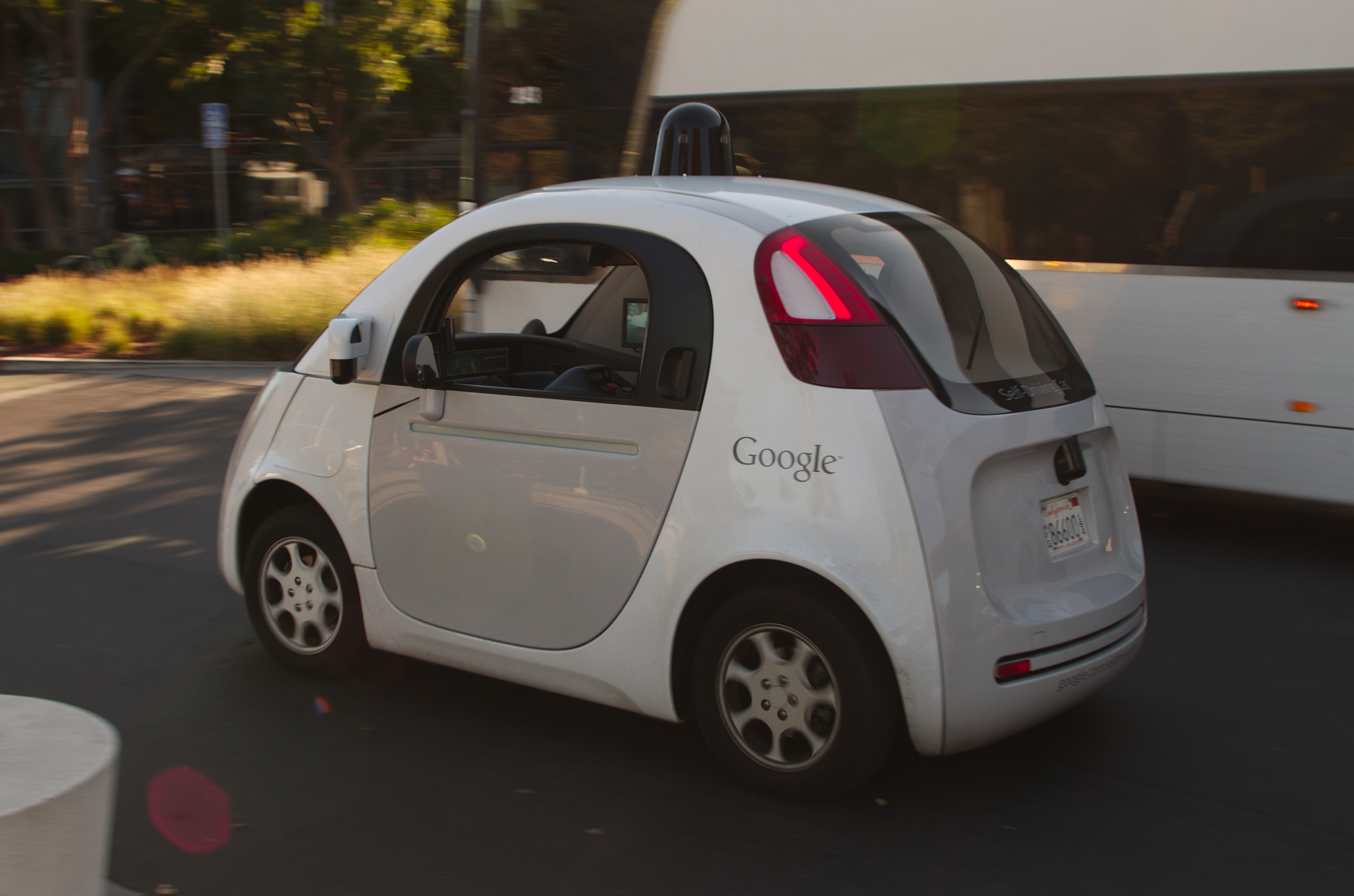 Self driving cars still use space and energy. Photo: Wikimedia Commons.