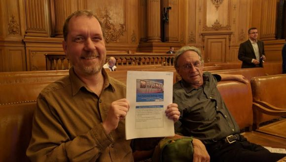 Brian Stokle and Peter Straus of the SF Transit Riders loved the map, but worry the DTX won't be prioritized. Photo: Streetsblog