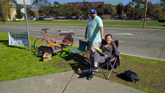 Brian McGuire and Marisa Wood took the afternoon shift counting peds and cyclists on the Alameda end of the Posey tube. Photo: Streetsblog.