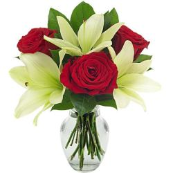 Rose and lily bouquet of im sorry flowers for same day flower delivery