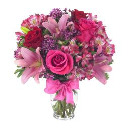 Anniversary flowers and beautiful pink rose bouquet with cheap flowers