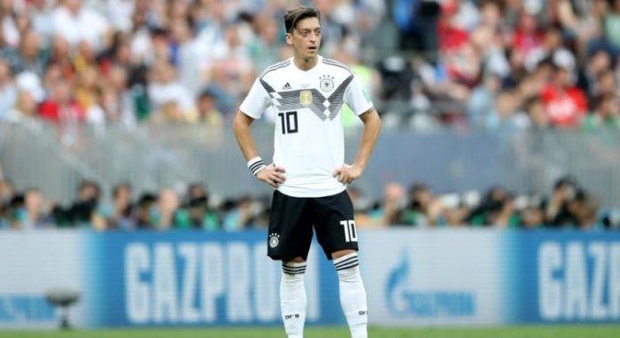 Football: La fédération allemande répond aux accusations de Mesut Özil