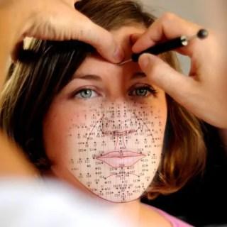 Principalele-diagrame-ale-zonelor-si-punctelor-din-reflexologia-faciala-Dien'Cham'