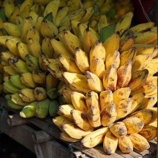 bananas-504478_640