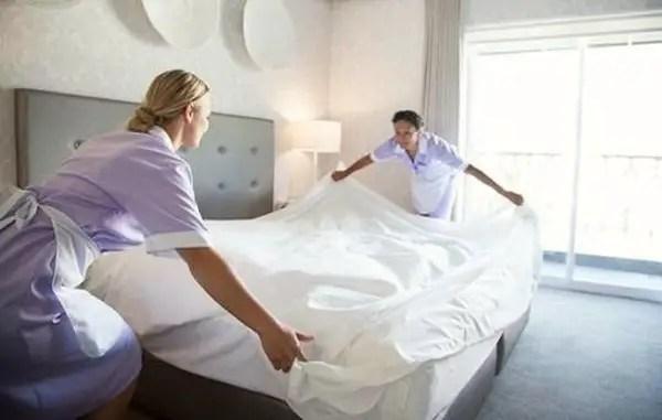 Ce trucuri de curatenie generala folosesc cameristele de la hotel