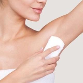 Deodorante naturale pe care merita sa le incerci daca vrei sa fii sanatos