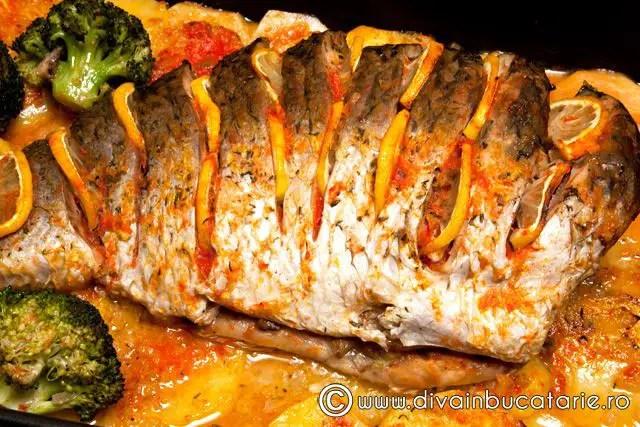 Reţetă peşte umplut la cuptor - crap umplut