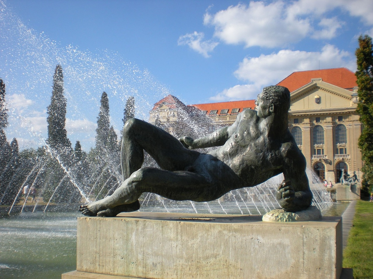 Bai termale in Ungaria. 3 locuri aflate in apropierea granitei cu Romania