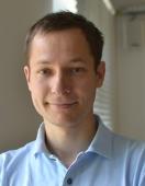 Dr. Jakob Macke