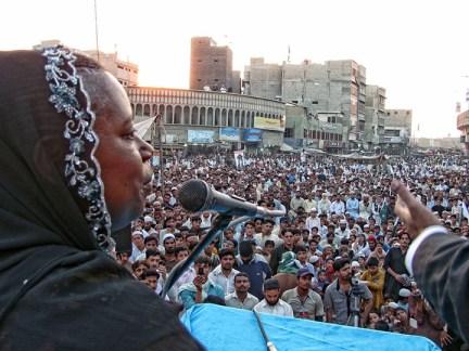 Cynthia McKinney speaks to crowd supporting Dr. Aafia Siddiqui Karachi, Pakistan 120212 by Altaf Shakoor